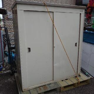 物置 収納庫 横160 高さ180 奥行75cm