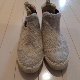 オデットエオディール 靴