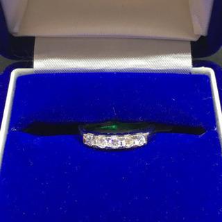 【ネット決済・配送可】ダイヤモンドとプラチナの指輪 0.5カラット
