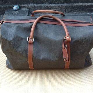 【スリーコイン】大きなバッグ 旅に出る時に 中古品