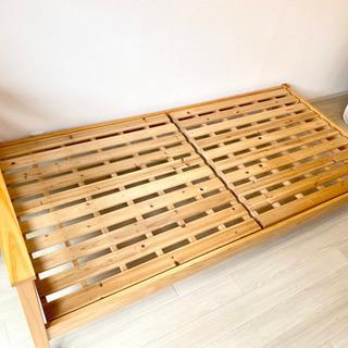 【美品】1人暮らし用木製シングルベッド(3年間、女性が使用)