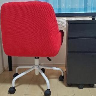 ☆決まりました☆ 机と椅子セットで販売します!