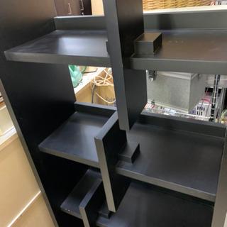 丈夫な本棚 飾り棚 分厚い!仕切り自由に動きます🌈しげん屋 − 愛知県