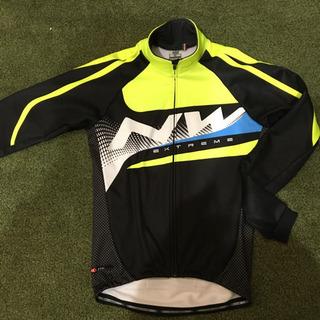 【ネット決済・配送可】メンズ 冬用サイクルジャケット ほぼ新品です