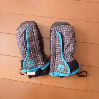 スキー手袋 90cm 美品