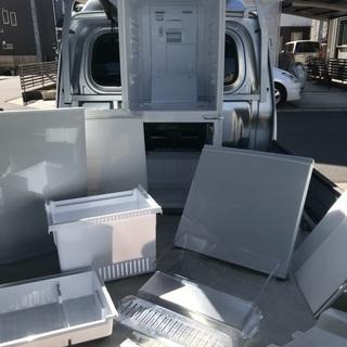 2013年製シャープホワイト冷凍冷蔵庫137L美品。千葉県内配送無料。設置無料。 - 家電