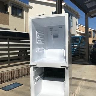 2013年製シャープホワイト冷凍冷蔵庫137L美品。千葉県内配送無料。設置無料。 − 千葉県