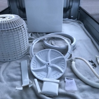 2011年製東芝全自動洗濯機容量4.2キロ。千葉県内配送無料。設置無料。 - 家電