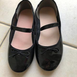 卒園、入学式に‼️子供用靴 22センチ
