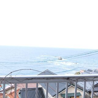 海を眺めて田舎暮らし。二階建。著名な釣り場です。