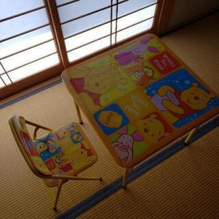 【お値下げ】プーさんのテーブルと椅子のセット
