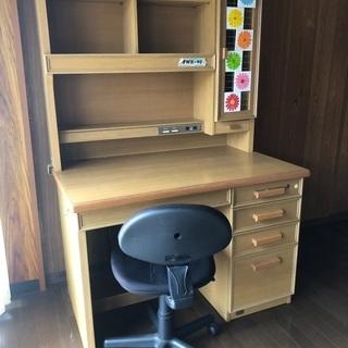 中古学習机および椅子