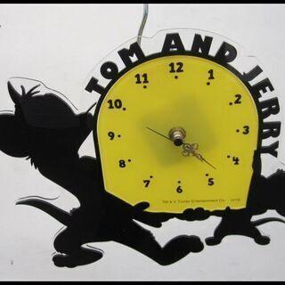 新生活!1650円 トムとジェリー 掛時計 時計 プラスティック製