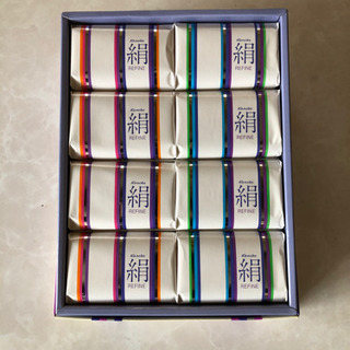 カネボウ絹石鹸 8個
