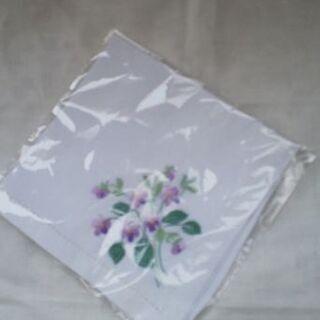 手刺繍ハンカチ(スミレ、未使用)