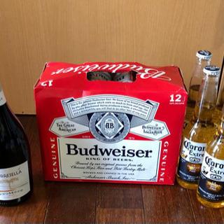 瓶ビール5本、缶ビール12本、ワイン1本