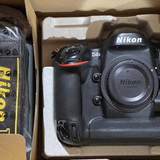 Nikon D4s ボディ〔中古〕バッテリー2つ、アダプター・ケ...