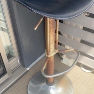 上げ下げできる椅子