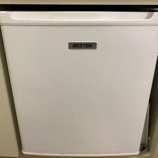 【ネット決済】小型冷蔵庫 23日まで 引き取りのみです。