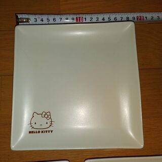 白いお皿〈キティ〉3枚☺️ - 熊本市