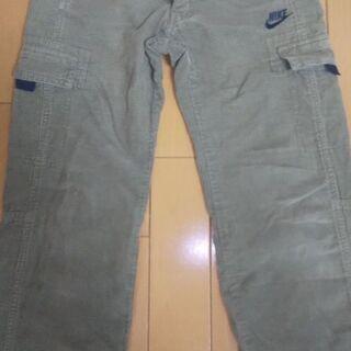 キッズ   NIKEのズボン    size130