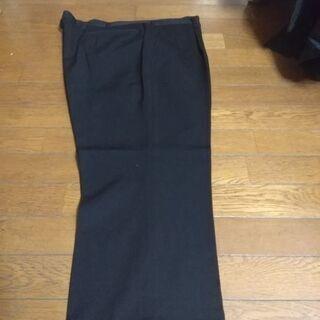 大きいサイズのメンズスーツ、礼服です。 − 福岡県