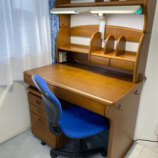 学習机と椅子のセット✨