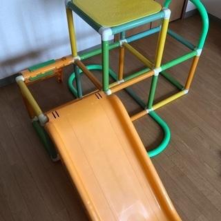 アンパンマンジャングルジム付き滑り台