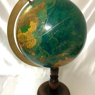 地球儀の置物