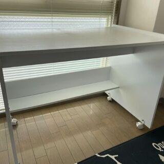 【決まりました】白 テーブル デスク 机 キャスター