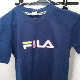 新品スポーツブランドTシャツ。Mサイズ。FILAとNIKE