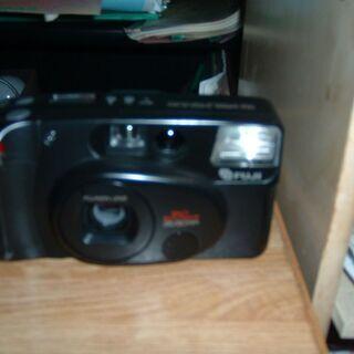 中古FuJI カメラ お譲りします。