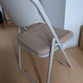 パイプ椅子 - 小城市