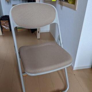 パイプ椅子 - 家具