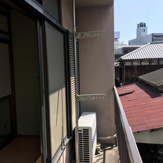 シェアハウス廃業 突っ張り式の物干し台 0円 - 大阪市