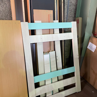 DIY好き集まれ〜😆 ベッドの部材が沢山あります!0円です!引き取りに来て下さい😉 - 家具