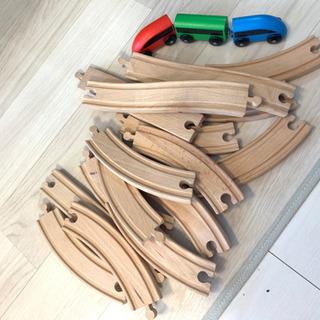【IKEA】リラブー 木製おもちゃ 電車
