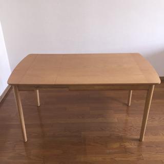 【美品】北欧調 伸長式ダイニングテーブル