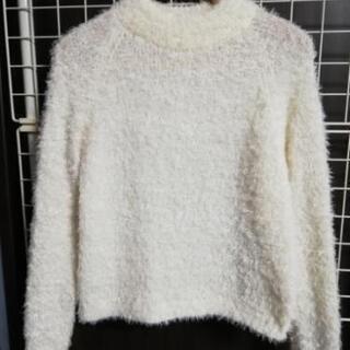 フェザーヤーン セーター  モコモコ素材 シャギーニット 白