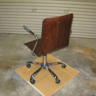 チェア・回転椅子(木製座面)差し上げます。 - 家具