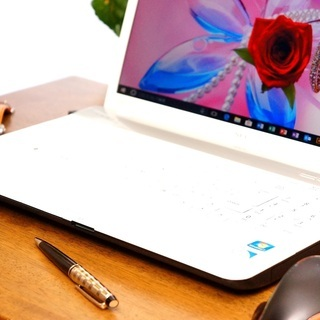 🌼ご商談中🌼💠白のノートパソコン 学習にビジネスにOffice2...