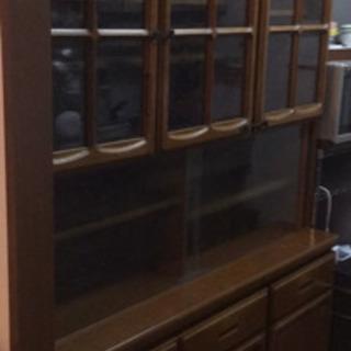 食器棚 定価20万円程でした