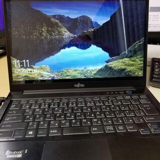 Fujitsu Lifebook UH75/K Win10/Li...