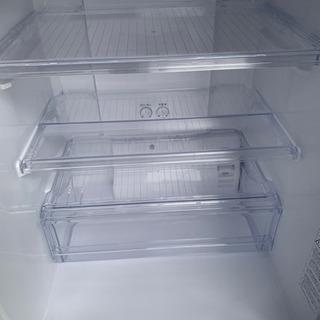 新生活応援セール!! 美品!! 2017年式 ノンフロン冷凍冷蔵庫  AQUA AQR-271F - 家電