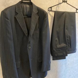 【ネット決済】スーツ 数回着用 美品です