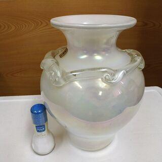 パールガラスの花瓶