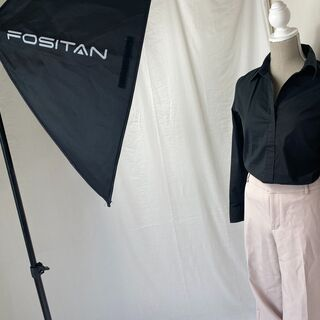 【在宅でのお仕事も可能】 出品に伴う写真撮影、洋服の採寸