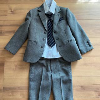 入学式に☆110㎝ 男の子スーツ4点セットʕ•̫͡•ʔ