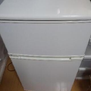 小型冷蔵庫【引き渡し者決定】 - 下関市