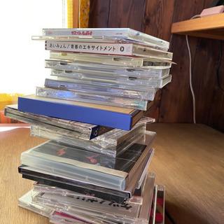 未開封のCDやDVDもたくさんあります限定品もあり